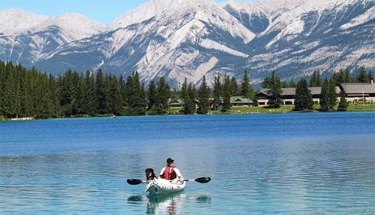 SE330 Inflatable Kayak